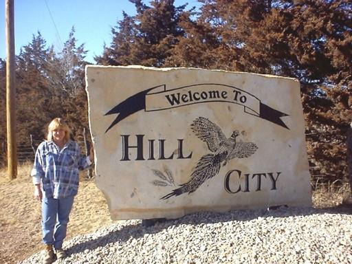 Garden City Ks >> Carved Stone, Glass, Memorials & Vinyl Signs in Kansas